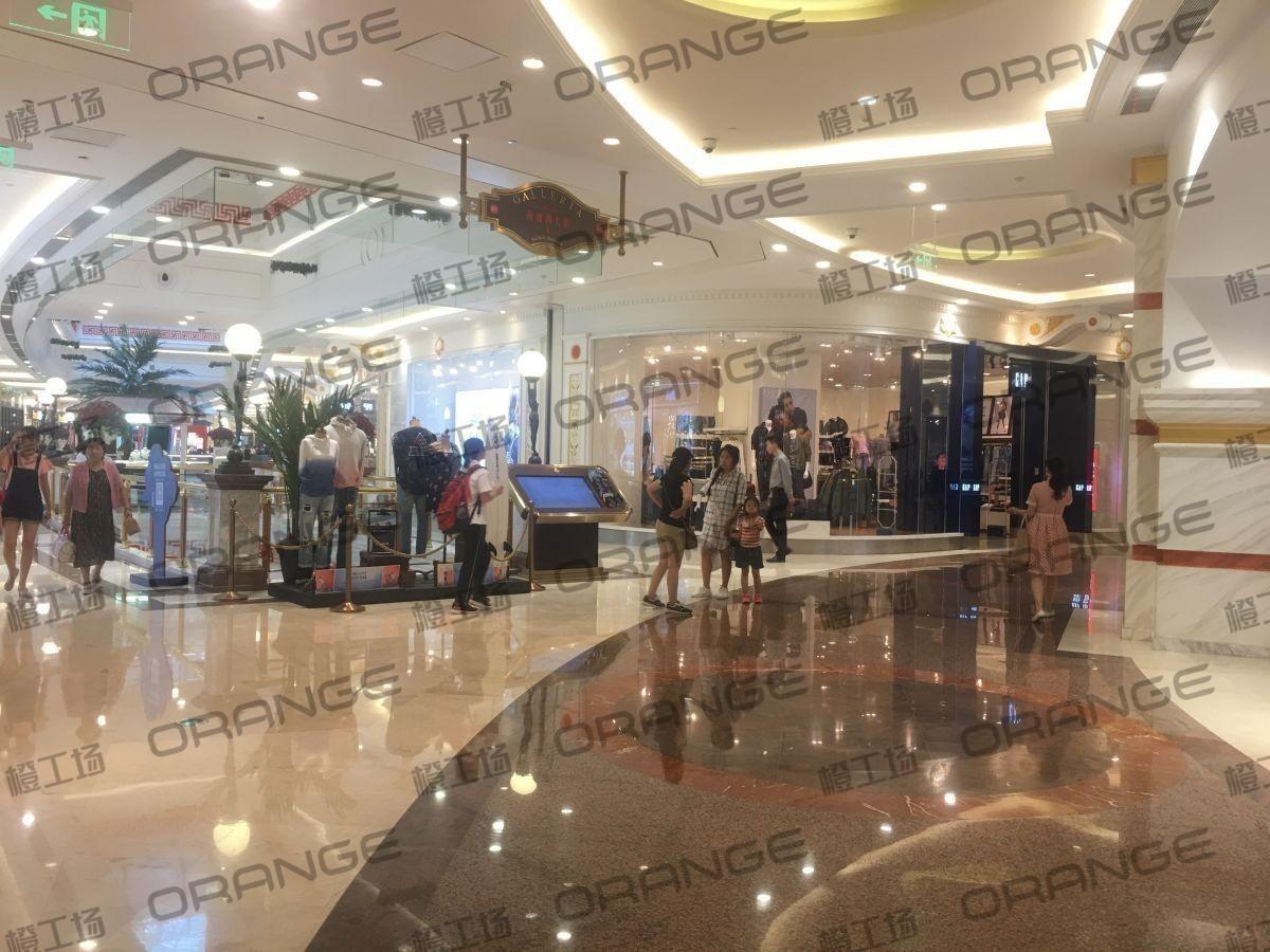 上海环球港-室内B1南侧环廊与画廊东西大街之间(两块)3