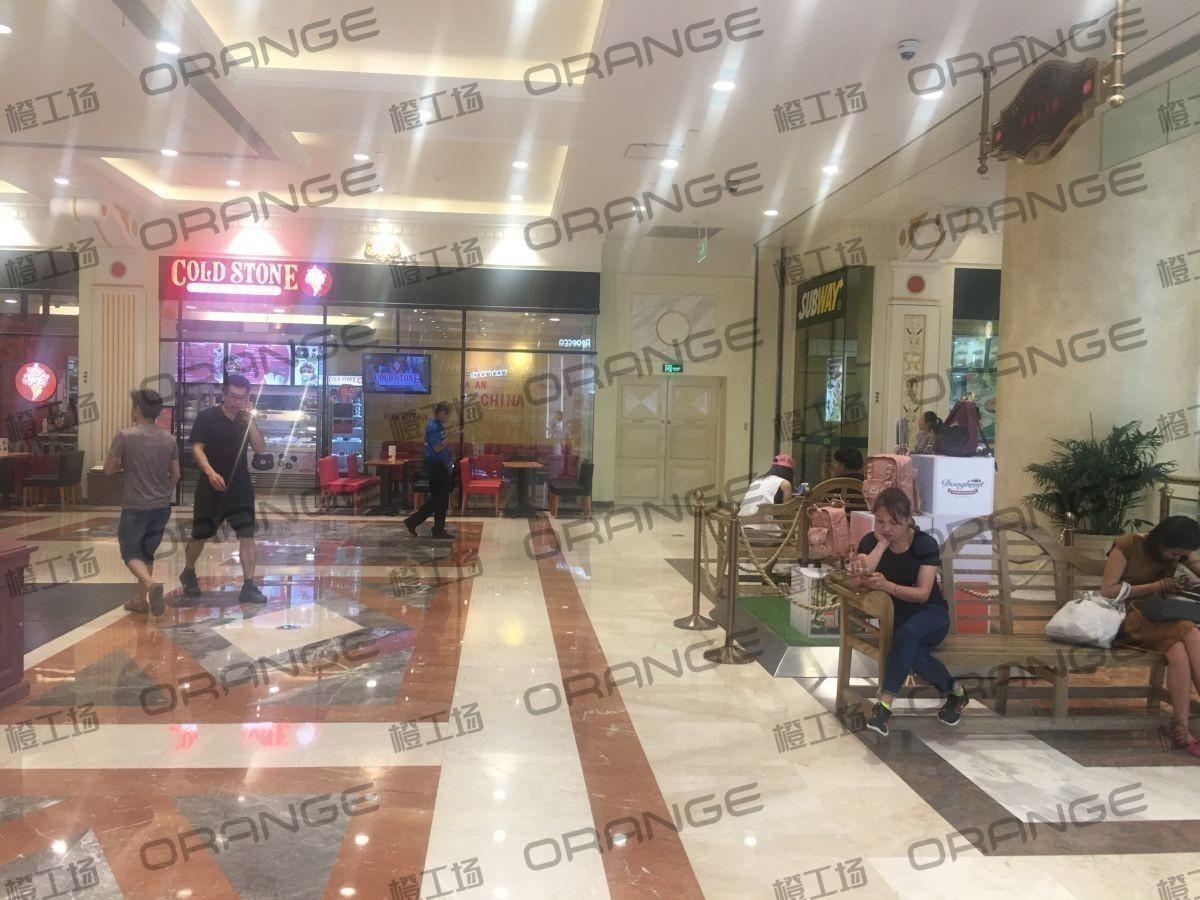 上海环球港-室内B1中央环廊东南侧2