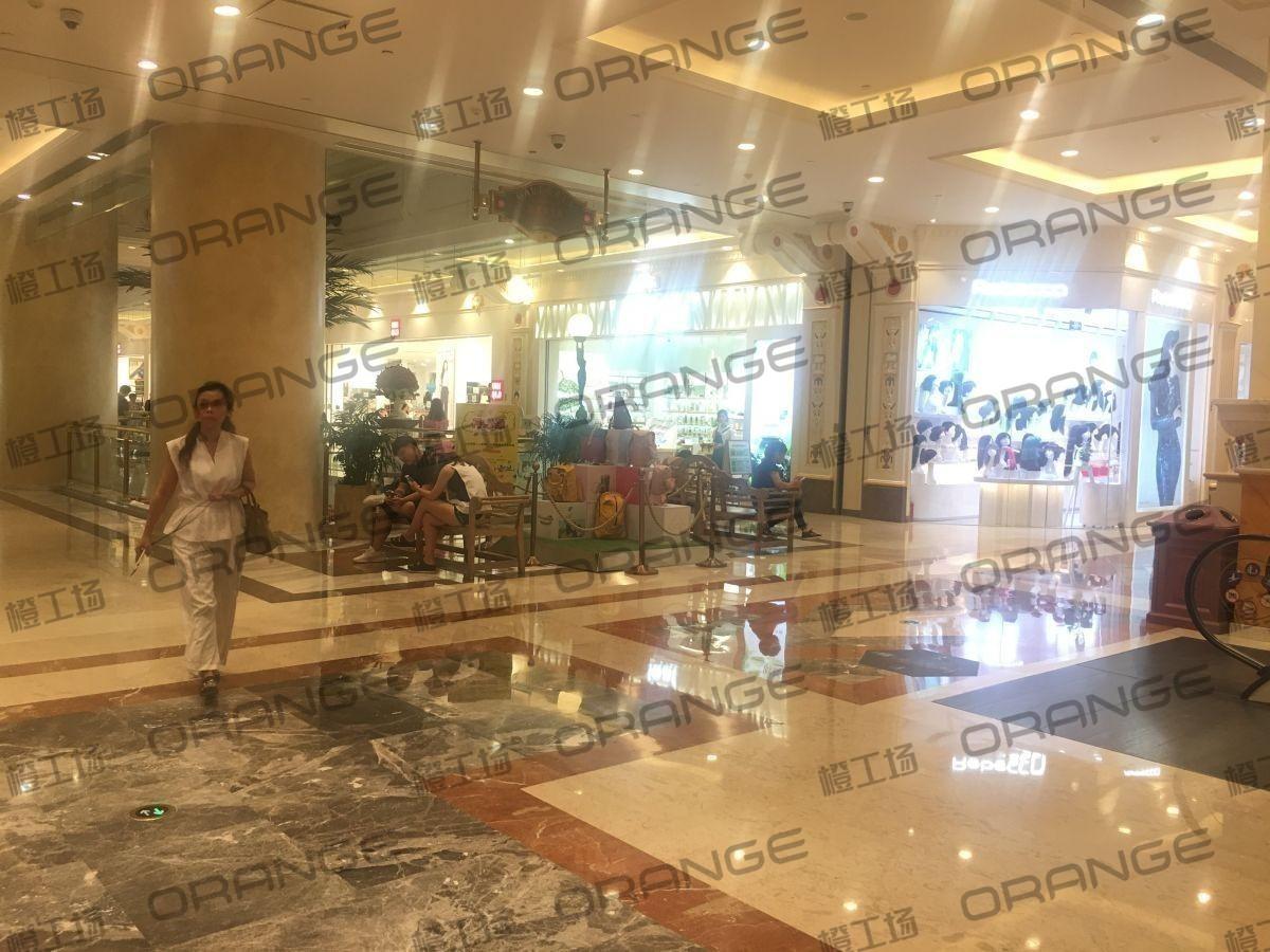 上海环球港-室内B1中央环廊东南侧3