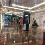上海环球港-室内B2南侧中庭南走廊3